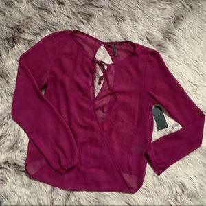 GUESS | NWT Tie Front Open Back Long Sleeve Blouse